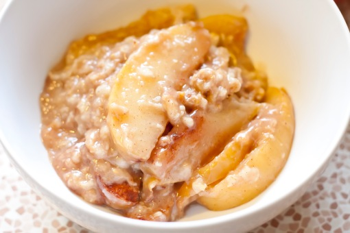 Crockpot Apple Oatmeal